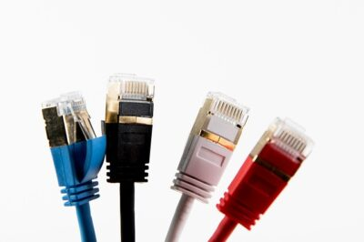 Benefits of Shielded Cabling Versus Unshielded Cabling (STP vs UTP)